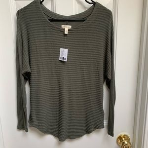 Sale! 3/$45 Urban Outfitters Olive Green Sweater